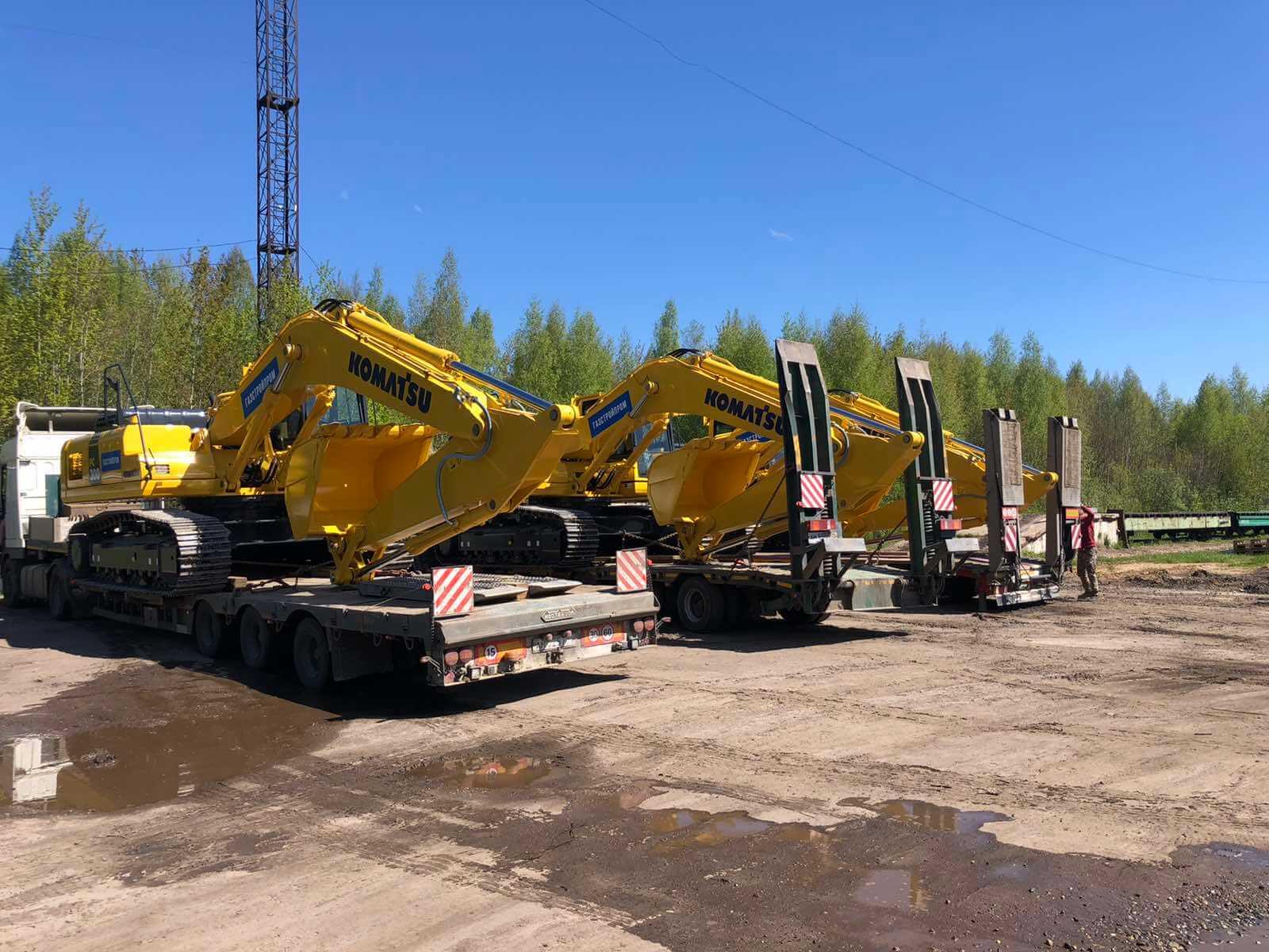 Перевозка экскаваторов с завода Komatsu на жд станцию для дальнейшей доставки заказчикам
